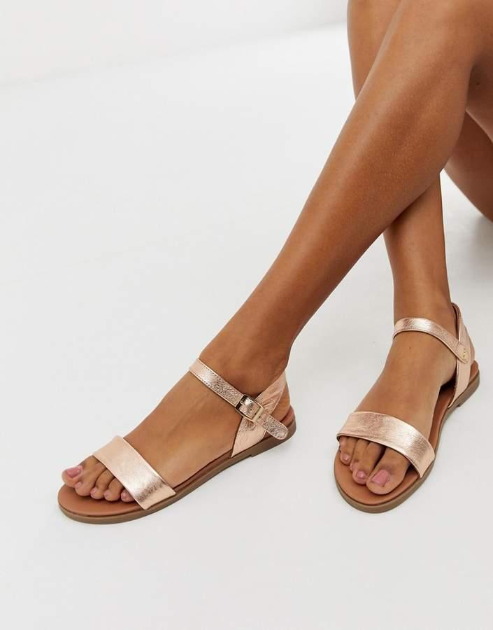 a23f3cd8899bf Steve Madden Flat Heel Sandals For Women - ShopStyle UK