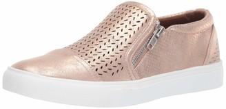 Report Women's Alexa Sneaker