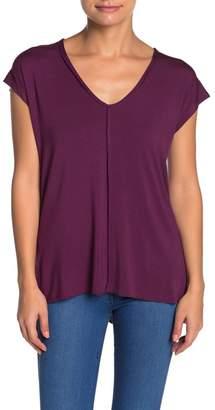 H By Bordeaux Center Seam V-Neck T-Shirt