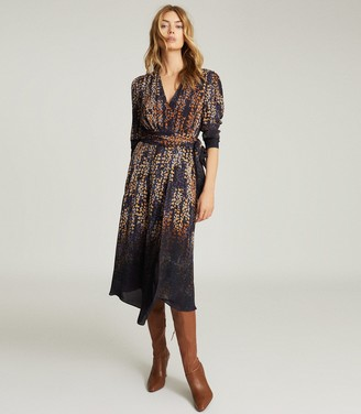 Reiss ESTHER PRINTED WRAP FRONT DRESS Blue Print