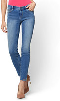 New York & Co. Soho Jeans - Legging - Blue Bandit Wash - Petite