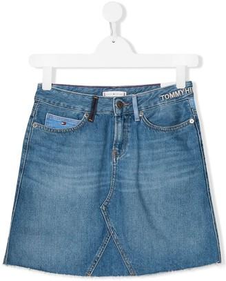 Tommy Hilfiger Junior TEEN embroidered logo denim skirt