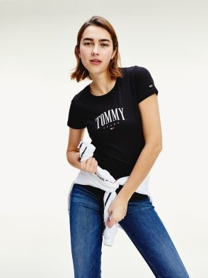 Tommy Hilfiger Logo Slim Fit T-Shirt