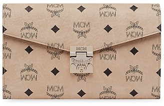 MCM Patricia Visetos Wallet-On-Chain