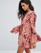 MinkPink Mink Pink Printed Dress With Flare Sleeves