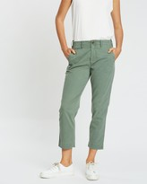 Gap High-Rise Straight Khaki Pants