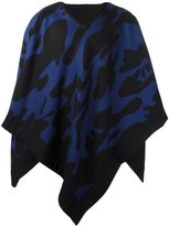 Hydrogen cape scarf