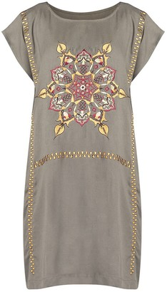 Gisy Fire Mandala Embroidered Boat-Necked Kaftan Dress