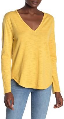 360 Cashmere Jemma V-Neck Long Sleeve T-Shirt