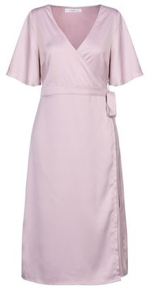 Glamorous 3/4 length dress