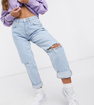 """ASOS DESIGN Petite recycled high rise """"slouchy"""" mom jeans brightwash"""