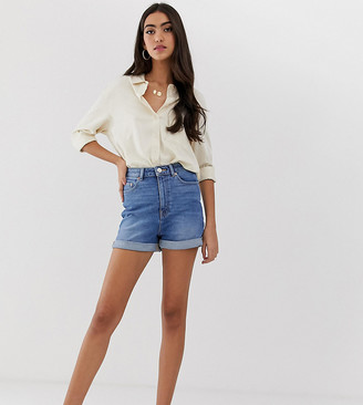 Asos Tall DESIGN Tall denim ritson mom shorts-Blue