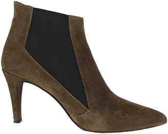 AUGUSTE Brown Suede Ankle boots