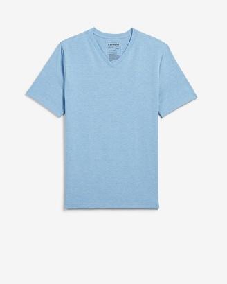 Express Slim Heathered Moisture-Wicking V-Neck T-Shirt