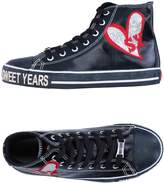Sweet Years Sneakers
