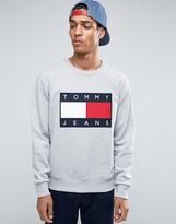 Tommy Jeans 90s Crew Sweatshirt in Gray Marl