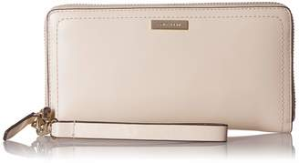 Cole Haan Lock Group Continental Wallet
