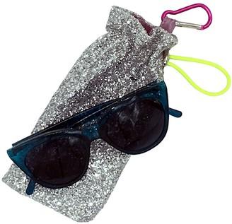 On Edna Clip Silver Glitter Glasses Case