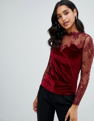 Morgan velvet top with lace sleeves in berry