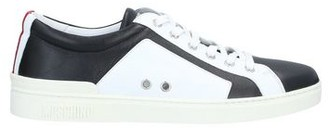 Moschino Low-tops & sneakers