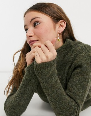 JDY jumper with high neck in green