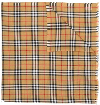 Burberry Vintage-Check fringed scarf