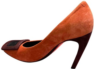 Roger Vivier Belle Vivier Orange Suede Heels