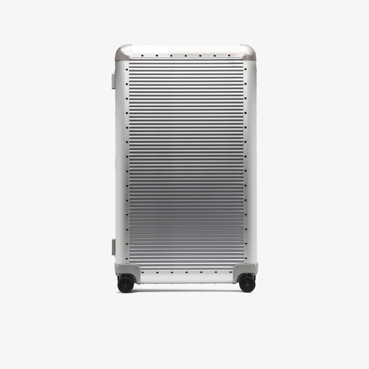 FPM Milano silver Bank S Spinner 84 check-in suitcase