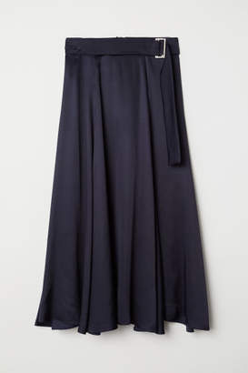 H&M Bell-shaped skirt with a belt