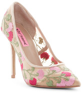 Betsey Johnson Johni Floral Mesh Pump