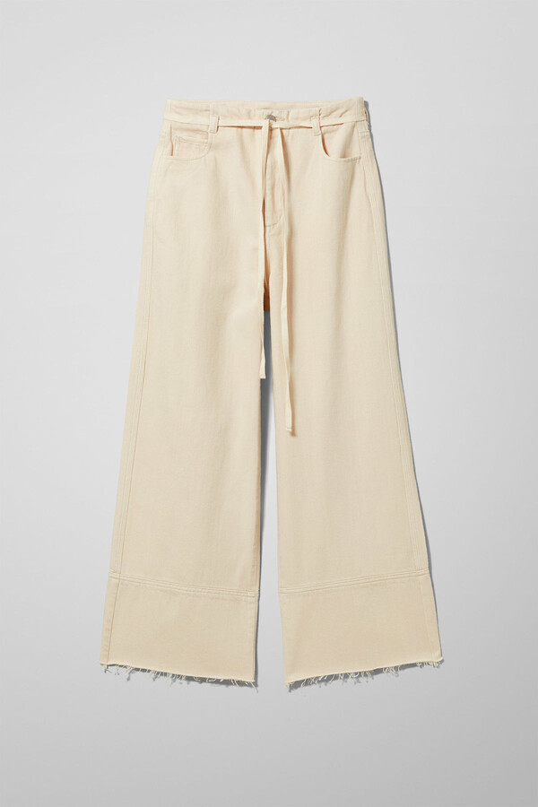 Thumbnail for your product : Weekday Slack Ecru Jeans - Beige