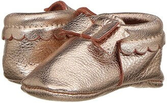 Freshly Picked Soft Sole Bow Moccasins (Infant/Toddler) (Rose Gold) Girl's Shoes