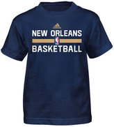 adidas Little Boys' New Orleans Pelicans Practice Wear Graphic T-Shirt