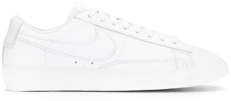 Nike Blazer Low lace-up sneakers