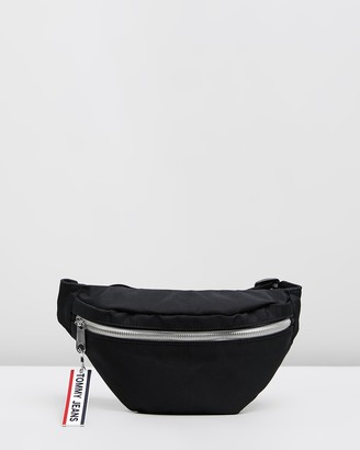 Tommy Jeans Logo Tape Nylon Bumbag