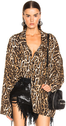 R 13 Oversized Cowboy Shirt in Leopard | FWRD