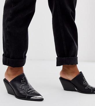 Asos Design DESIGN Wide Fit Western mid heeled mules in black
