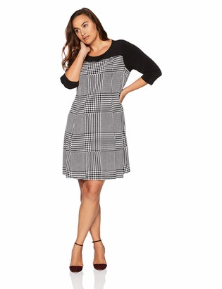 Calvin Klein Women's Plus Size Printed Three Quarter Sleeve Dress with Zip Yoke