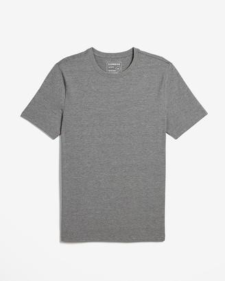 Express Slim Heathered Moisture-Wicking Crew Neck T-Shirt