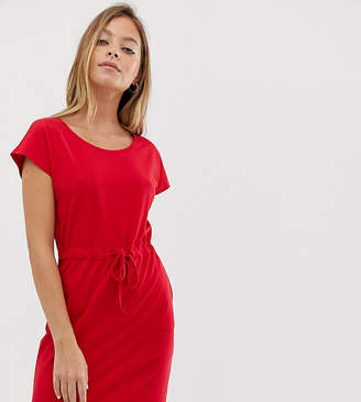 Vero Moda Petite jersey dress with tie waist-Red