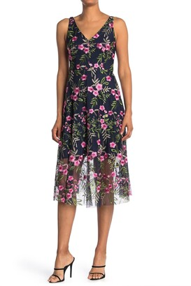 Vince Camuto Floral Embroidered V-Neck Sleeveless Midi Dress