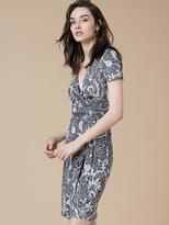 Diane von Furstenberg New Julian Short Sleeve Wrap Dress