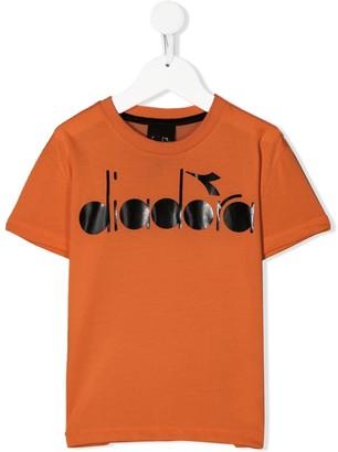 Diadora Junior logo-print crew neck T-shirt
