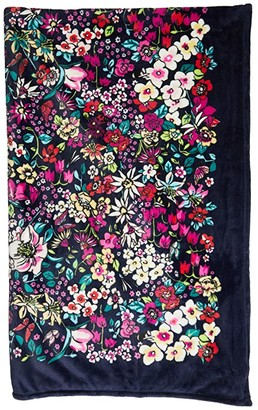 Vera Bradley Plush Throw Blanket (Holland Garden) Blankets
