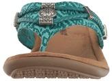 Minnetonka Silverthorne Thong Women's Sandals