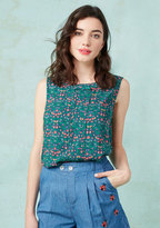 ModCloth Hometown Hangout Sleeveless Top in Folk Flowers in 2X