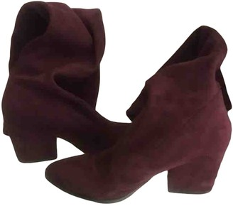 Non Signé / Unsigned Non Signe / Unsigned Burgundy Suede Boots