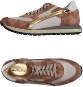 Julie Dee Sneakers