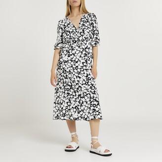 River Island Womens Black floral print frill waist midi dress