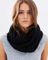 Jendi Cable Knitted Snood
